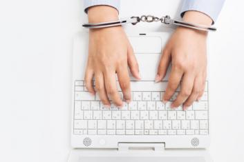 handcuffs-computer-600x400.png